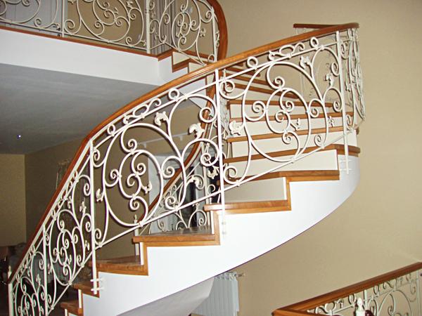 Покраска металлической лестницы | Форум: дом и дача - ForumHouse